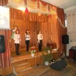 Співають Ярослава, Ліна, Настя